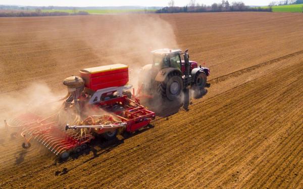 Maszyny rolnicze a rolnictwo precyzyjne. Co potrafią nowoczesne maszyny rolnicze?