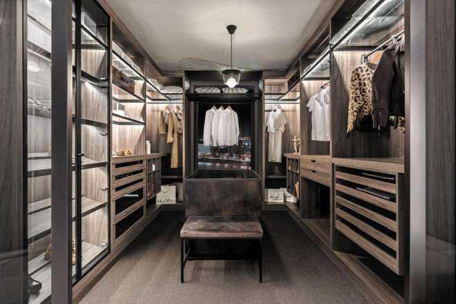 Garderoba czy szafa? Jak je dobrze zaplanować? Poradnik